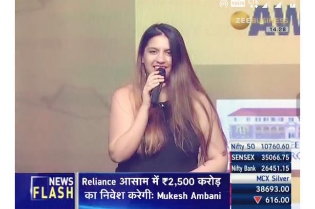 LQ Handpicked artist Bhavana hosted the first edition of DNA Sir JJ Architecture Awards 2018 telecasted on Zee Business
