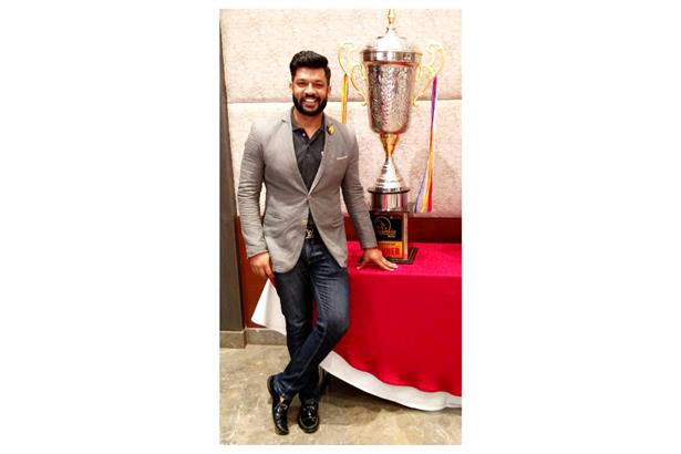Emcee Chaitanya hosted the Corporate Super Cup Prize Distribution