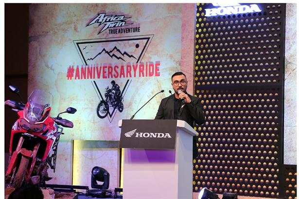 Raja Mukherjee Hosted the #AnniversaryRide for Honda 2 Wheelers with over 100+ bikers in attendance and amidst the CEO and President of Honda India, event held at  Taj, Bangalore #MicrophoneDuties