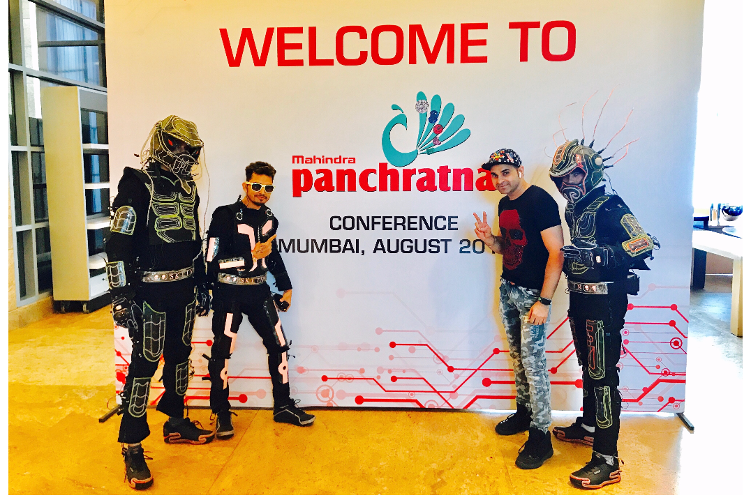 Performed LASERMAN act for MAHINDRA in MUMBAI.