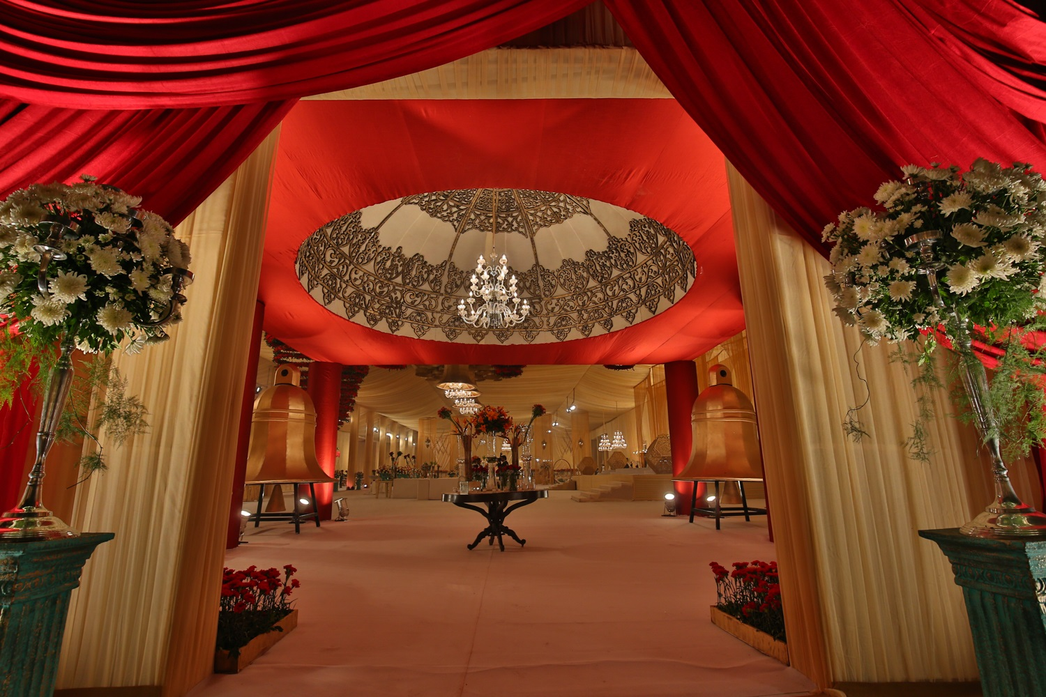 Pomegranate uses temple bells and floral chandeliers to decorate pomegranate uses temple bells and floral chandeliers to decorate delhi wedding junglespirit Images