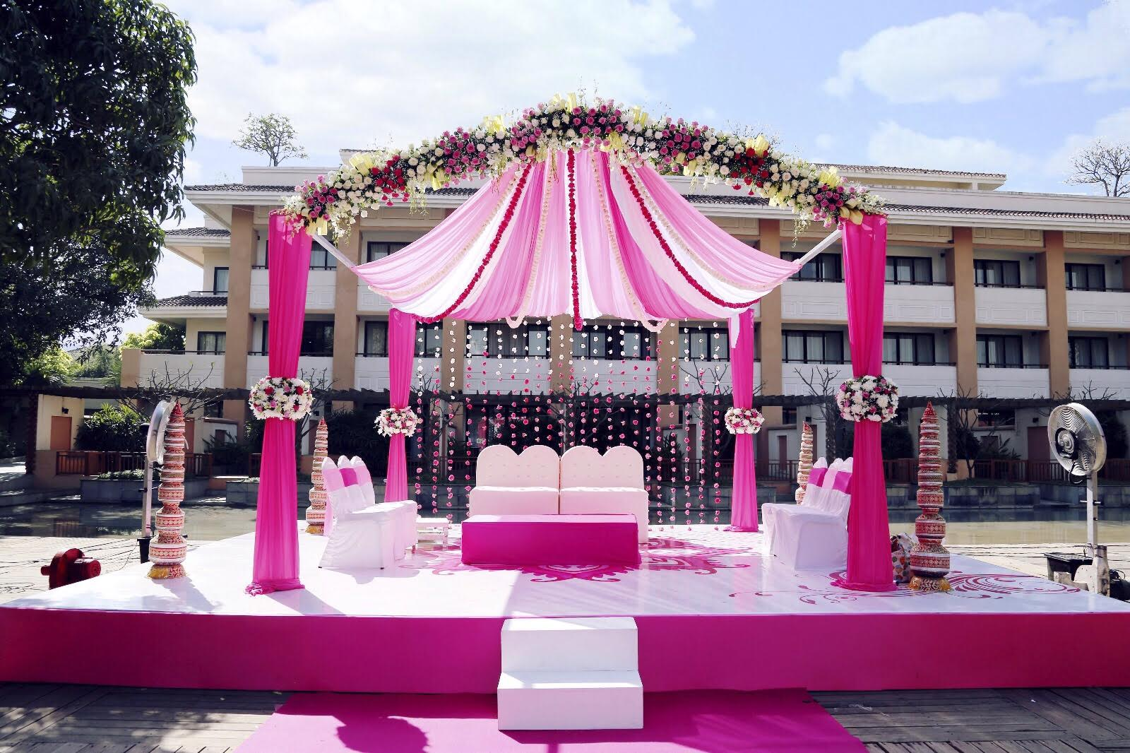 A Soothing, Pink N White English Wedding in Alibaug by Weddcraft ...