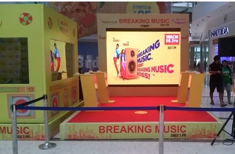 Synergy IM - Radio Mirchi Breaking Music Campaign At Mumbai Colleges And Malls