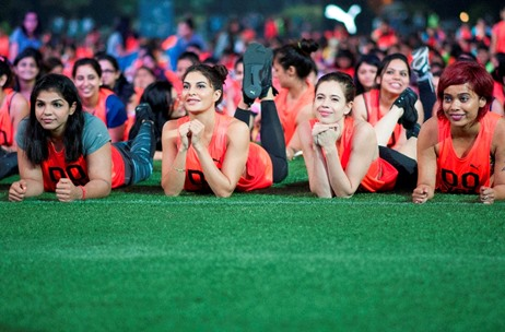 Puma's #DoYou Movement Culminates with 1623 Women Holding the Abdominal Plank for 60 Seconds