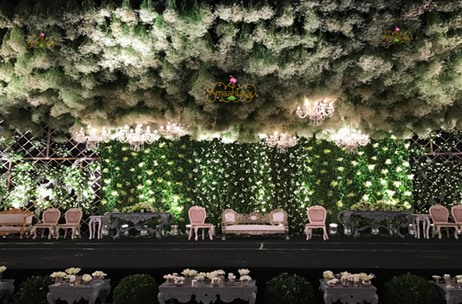 "A Spectacular ""Clouds of Abundance"" themed Reception Designed by Amaahyaaj"