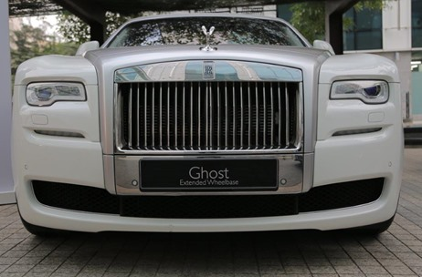 Rolls Royce Flaunts Dawn and Ghost with Art Installations by Sudarshan Shetty
