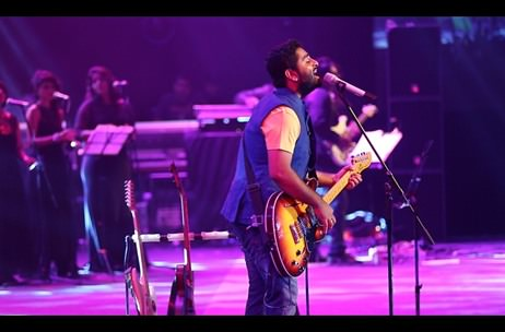 SNL Pro supports Arijit Singh's performance with a symphony orchestra in Mumbai