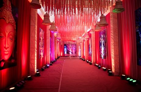 Very vedic a temple inspired mumbai wedding by the for Decoration job in mumbai