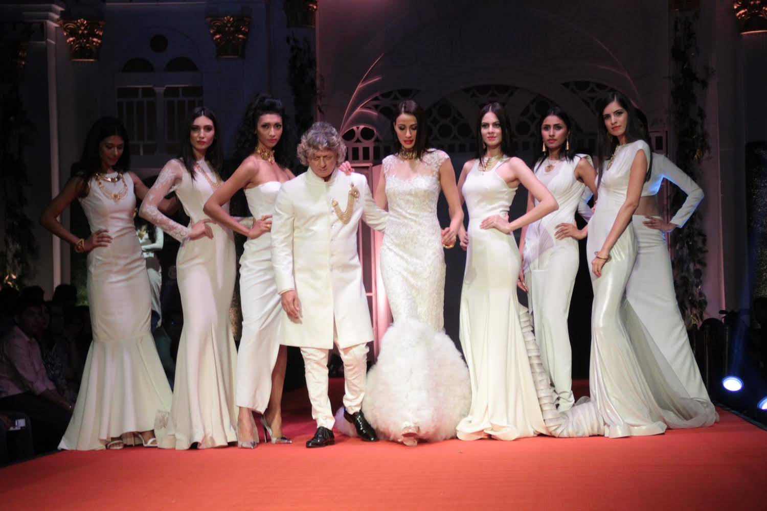 Effects Tech sensationalizes BMW India Bridal Fashion Week with offbeat set designs