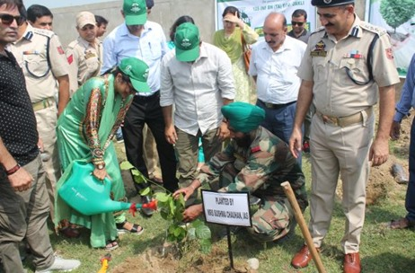 Kokuyo Camlin and Eco Task Force Join Hands for Tree Plantation Drive on National Teacher's Day