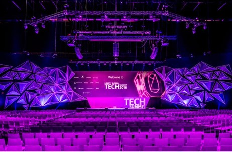WATCH: Set-Design, Artists, & Technique Come Together at the Tech Summit 2016, Amsterdam