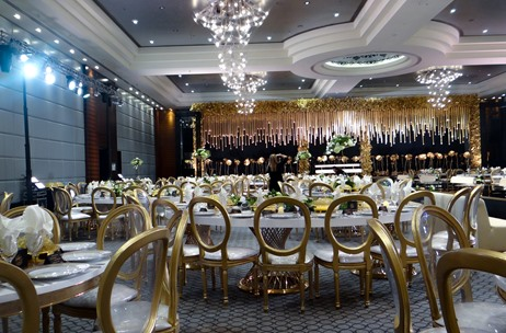 A Black and Gold Theme Wedding Celebration by Wedding Venue