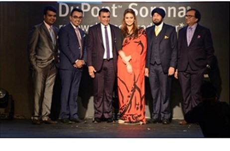 Huma Qureshi stops the show for Reliance, DuPont and Vipul