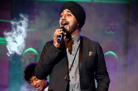 Sensational Performance By Jassi Sidhu At 'Blue N Gold' Cocktail By Elusive Dreams!