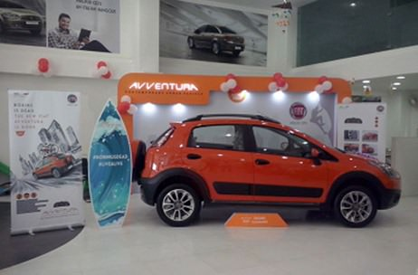 Fiat brands 21 dealerships with its Avventura