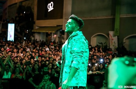 The Bollyboom Guru Randhawa Tour performs to packed crowds across Mumbai, Pune, and Kolkata
