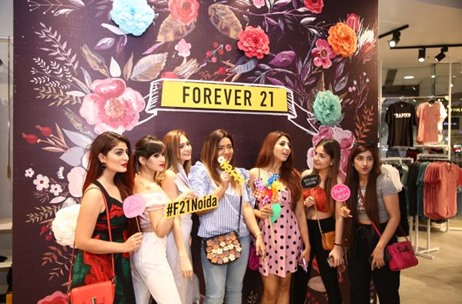 Forever 21 Relaunches at DLF Mall of India, Noida with Toast Events