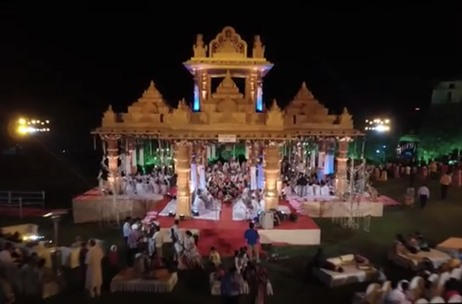 Discovery Events Accommodates 150 Pandits in this Life Size Mandap of a Wedding in Pune
