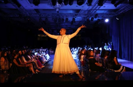 Jade Celebrates 10th Anniversary with 'Oneness' – A Fashion Show Produced by 70 EMG