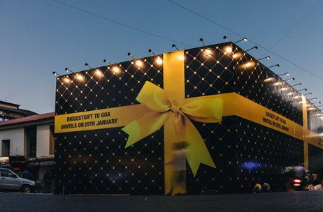 Check Out How Toast Events Gift-Wrapped this Entire Store as 'Goa's Biggest Gift'!