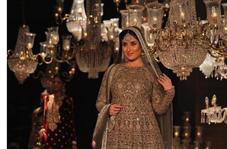 Lakme Fashion Week W F 2016 Roundup 15 Sponsors 92 Designers 2 Agencies More India News Updates On Eventfaqs