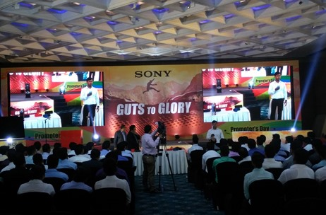 Sony Inspires Sales Staff to Reach their Potential with a 'Guts to Glory'-Themed Conference