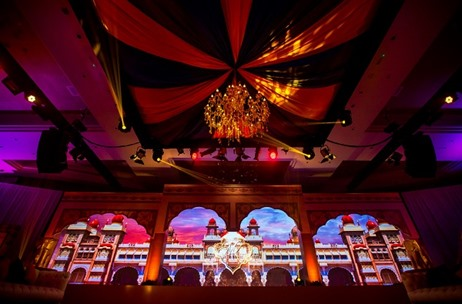 Vivaah Weddings Decks Up Fairmont Ajman in UAE for This Gorgeous Indian Wedding