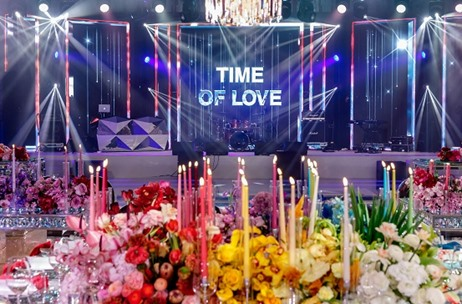 "Rainbow Ombré – ""A Journey Through Time"" by Fête Events, Dubai"