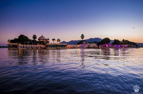 A Spectacular Udaipur Wedding Featuring Exceptional Decor by F5 Weddings