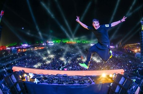 In Pictures: Martin Garrix Spins Magic On Day #3 of #SunburnGoa