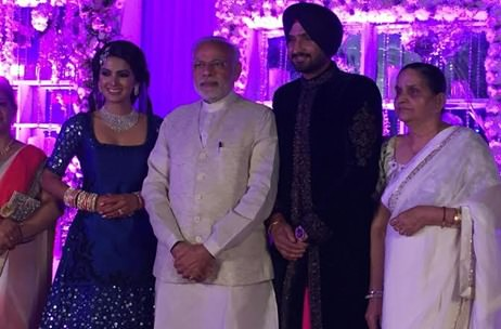 A Full Low Down on Harbhajan-Geeta Wedding: PM Modi, Manmohan Singh, Sachin Tendulkar, Mika & more!