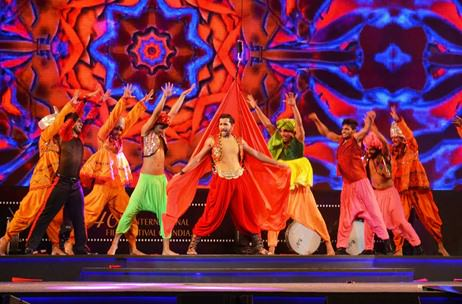 Natura Flying FX for Terence Lewis Act At IFFI 2015 Opening Ceremony