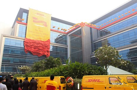 Video: DHL Country Office Launch - Aerial Rigging by Natura