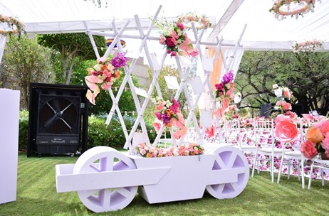 TRENDING NOW: Pastel Hues at Summer Weddings; Featuring Some Gorgeous Installations We Spotted!