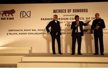 FDCI Hosts 'Weaves of Banaras' at the 'Make in India Week'