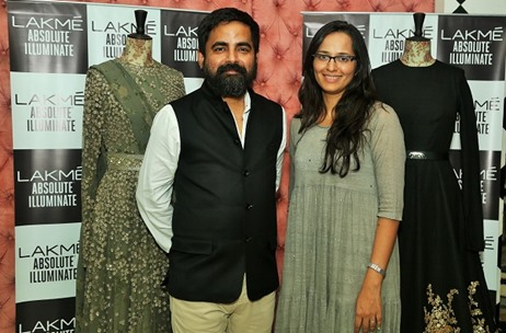 Lakmé Collaborates with Sabyasachi Mukherjee for Fashion Week Grand Finale