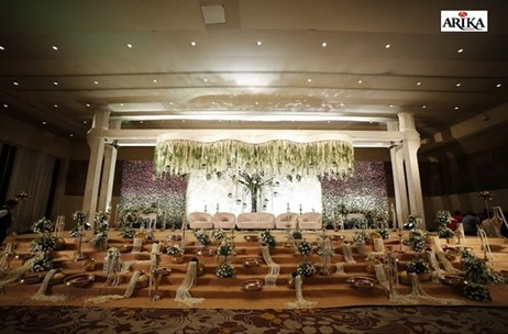 Sahara Star Scintillates in Beauty for this Wedding by Arika Event