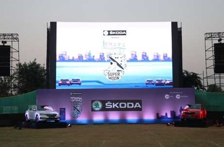 'Škoda Presents Supermoon Drive-In' Movie Show Executed by PHD Media Garners Full House in Gurugram