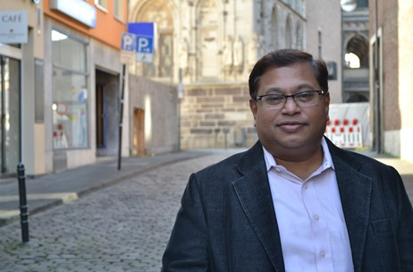 Sudip Ghose - VIP Industries Shares the Brand's Secret for being the Market Leader for 5 Generations
