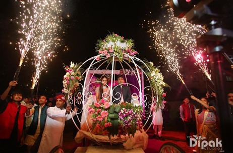 An amphitheater wedding, an LED sangeet and more by Indian Wedding Planners!