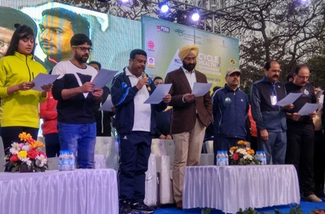 DDB MudraMax Engages Over 10K at Saksham Cyclothon Initiative for PCRA