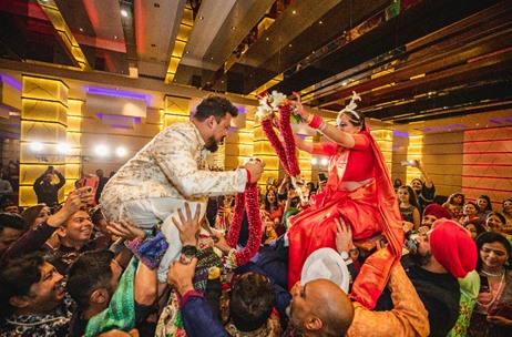 Zzeeh Productions Plans & Executes a Beautiful Wedding at Raddison Blu Atria, Bangalore