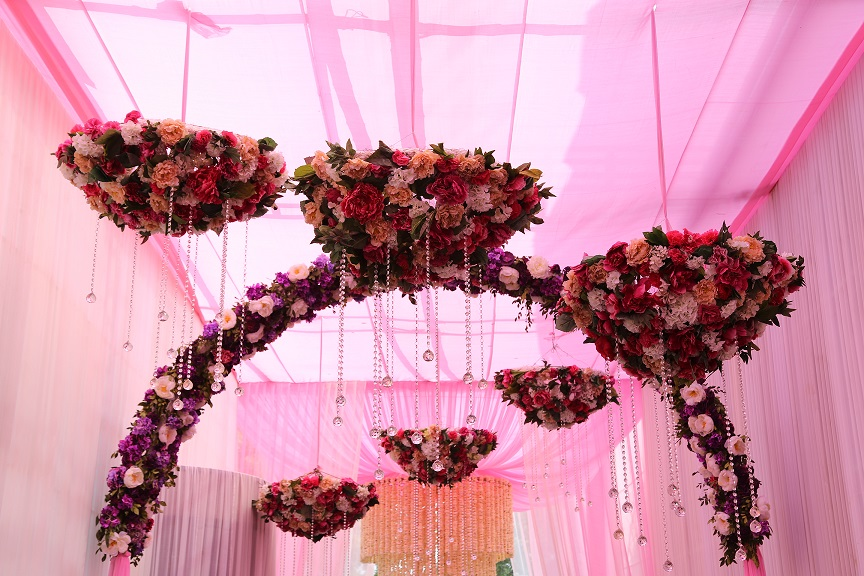 Pretty in Pink: FNP Weddings creates an enchanting experience for Delhi Wedding