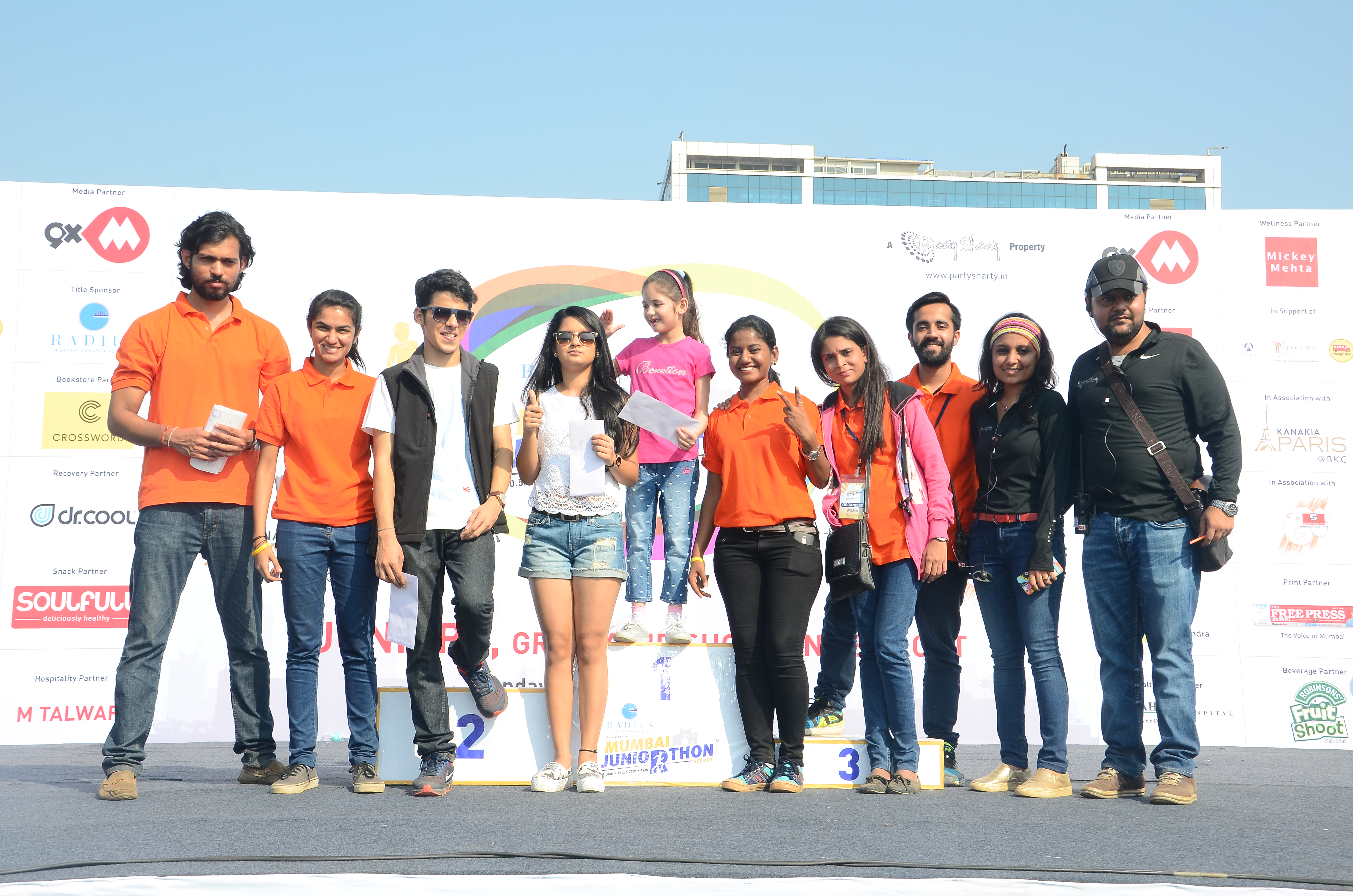 2500 Runners For Mumbai Juniorthon Debut Organised By Party Sharty And Radius Developers