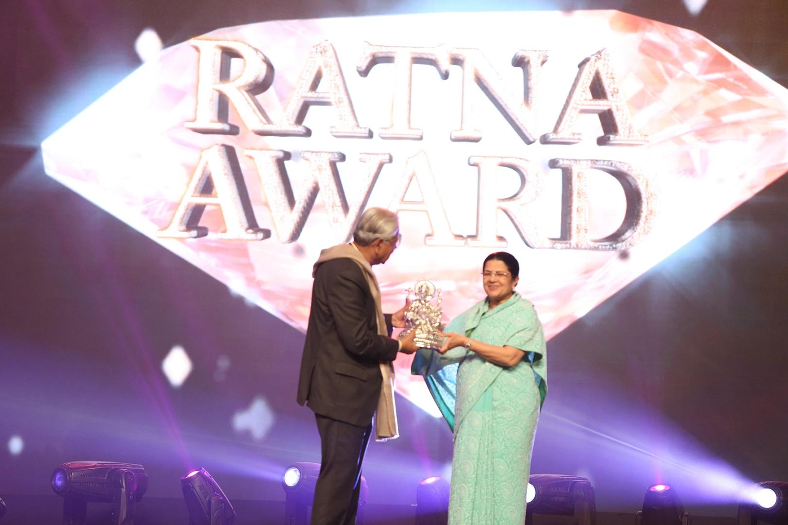 Fountainhead Conceptualises Aditya Birla Awards 2015 - Features an Art Deco-Inspired Setup