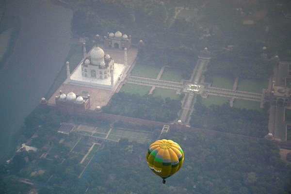 Sky Waltz Offers Bird's-eye Views Of Agra At The Maiden Taj Balloon Fest