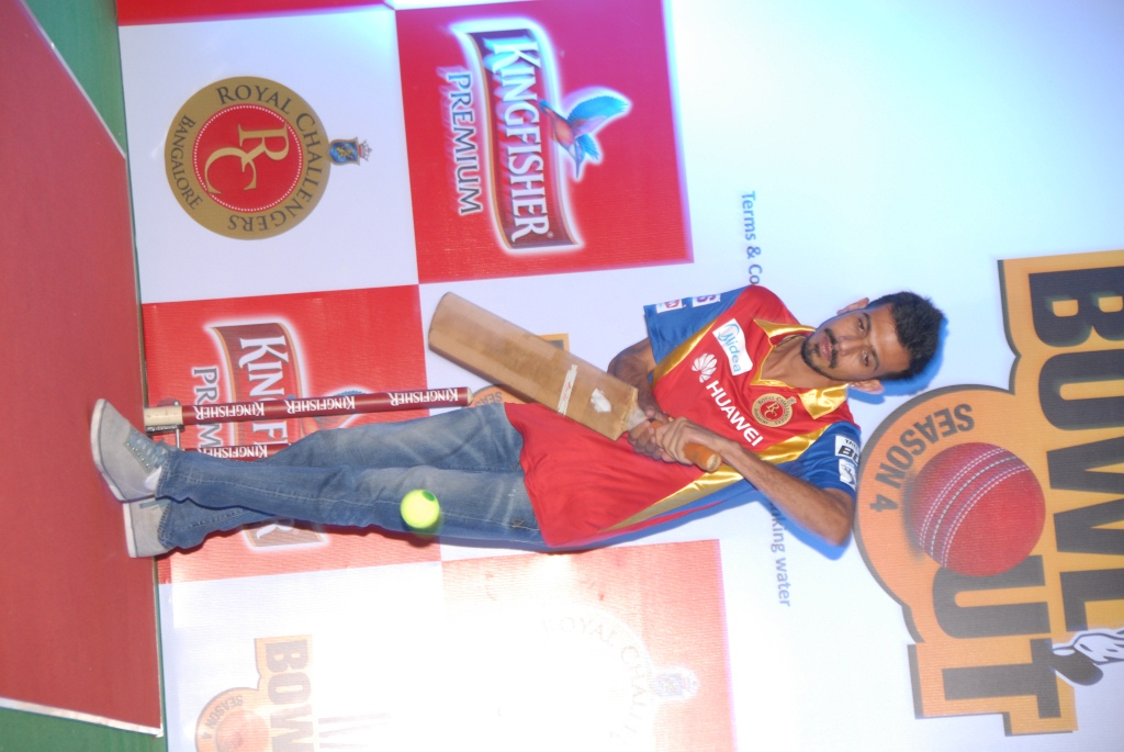 Kingfisher gets fans to 'Bowl Out' their favourite cricketers