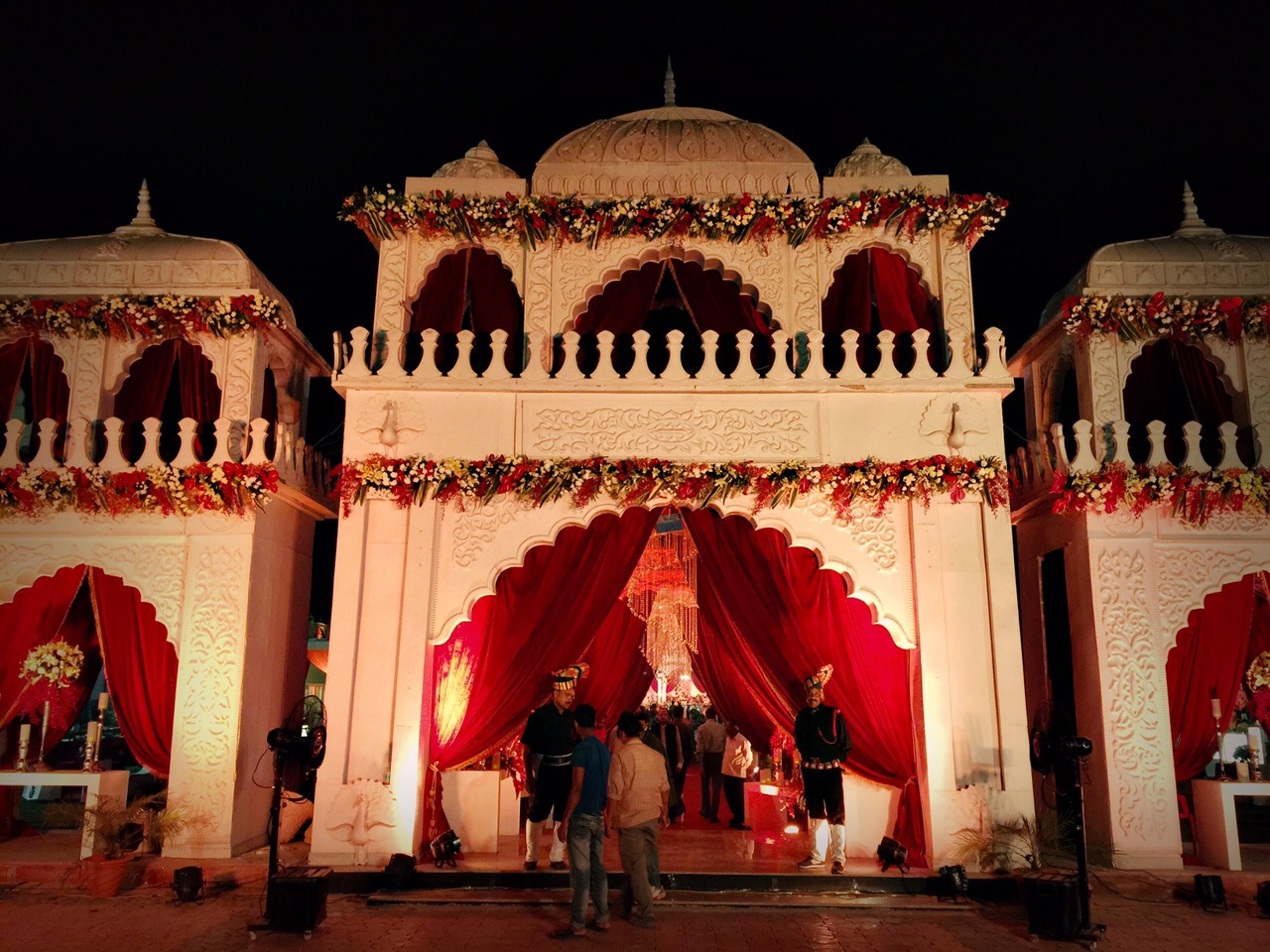 A grand Jhansi-Delhi wedding by INvision