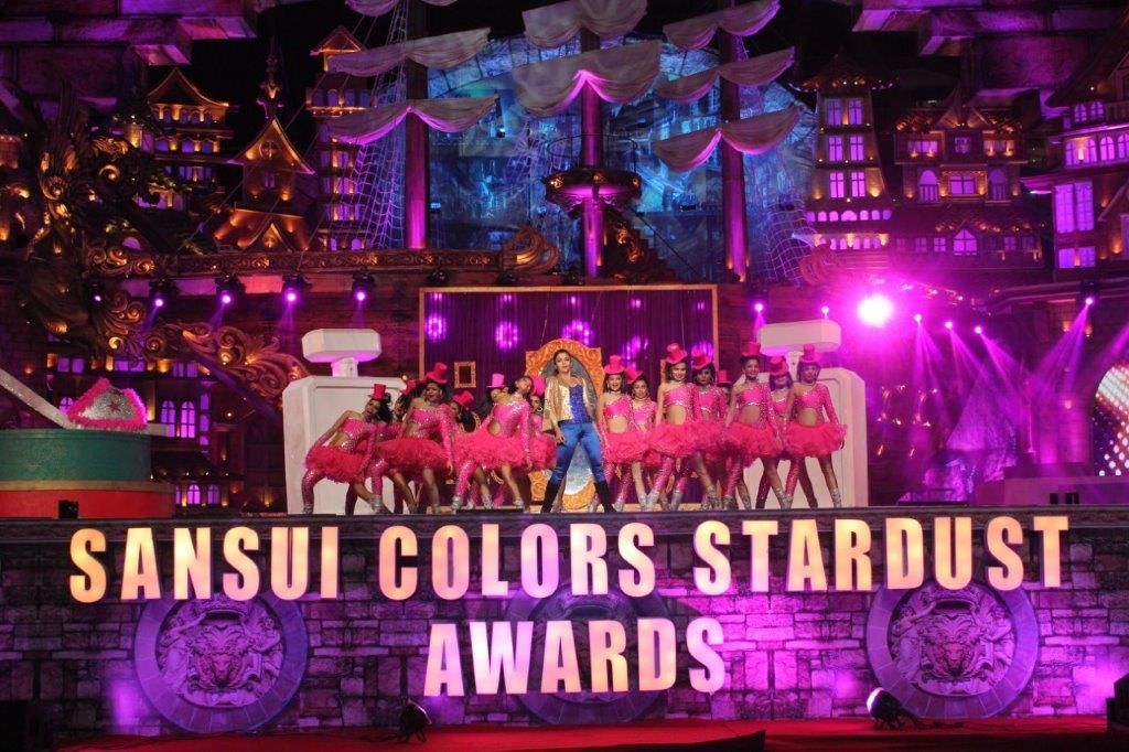 Cineyug Executes Stardust Awards Featuring Acts by Shahid Kapoor, Jacqueline Fernandez, and more!