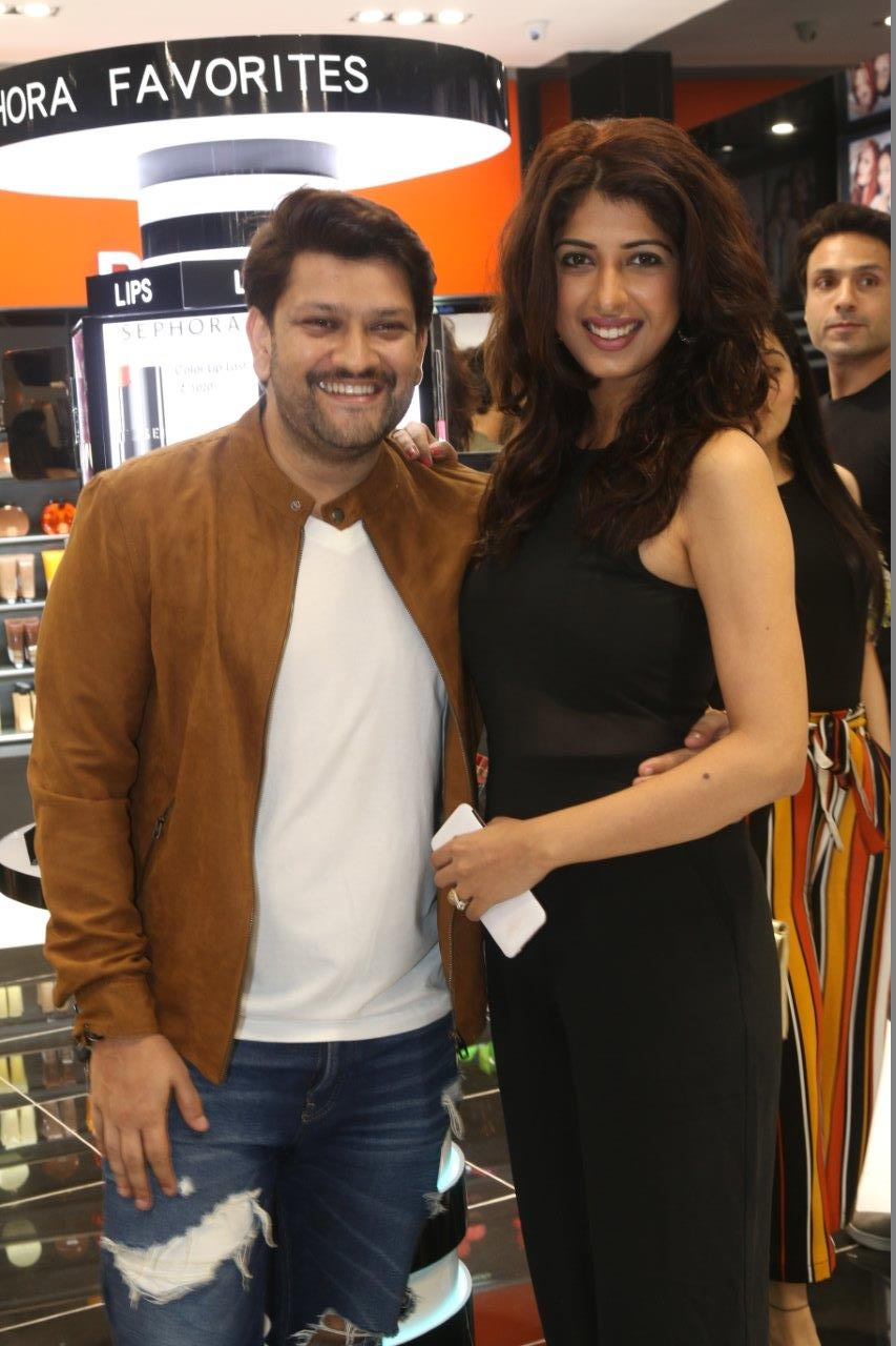 Sephora Launch by Toast at Infiniti Mall Sees Bipasha Basu, Esha Gupta and Disha Patani Present